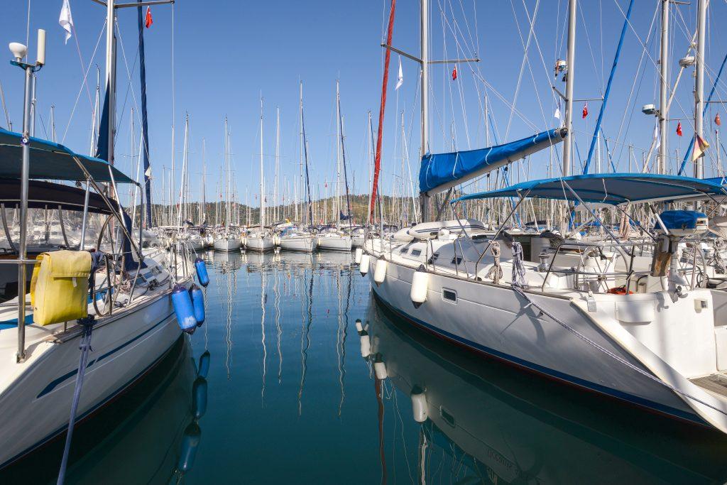 Motor Manöver Hafen Training