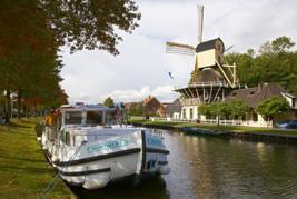 Hausboot fahren ohne Bootsführerschein