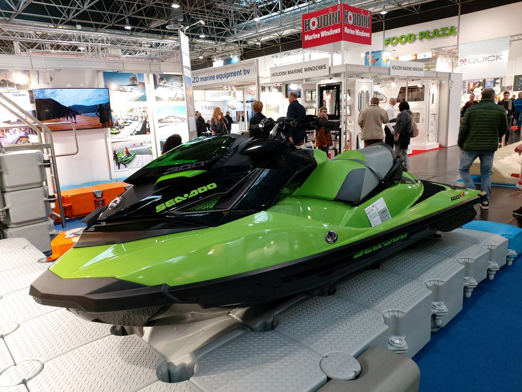 Jet Bike Messe Boot Düsseldorf